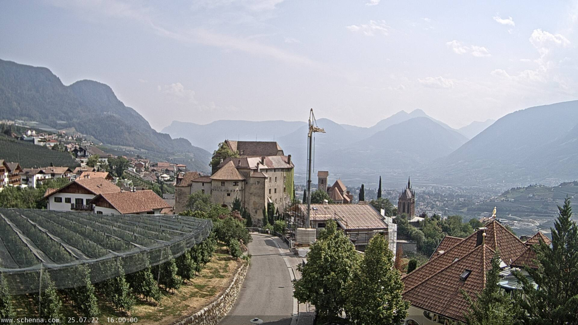View on Castle Schenna, in the background the Etschtal