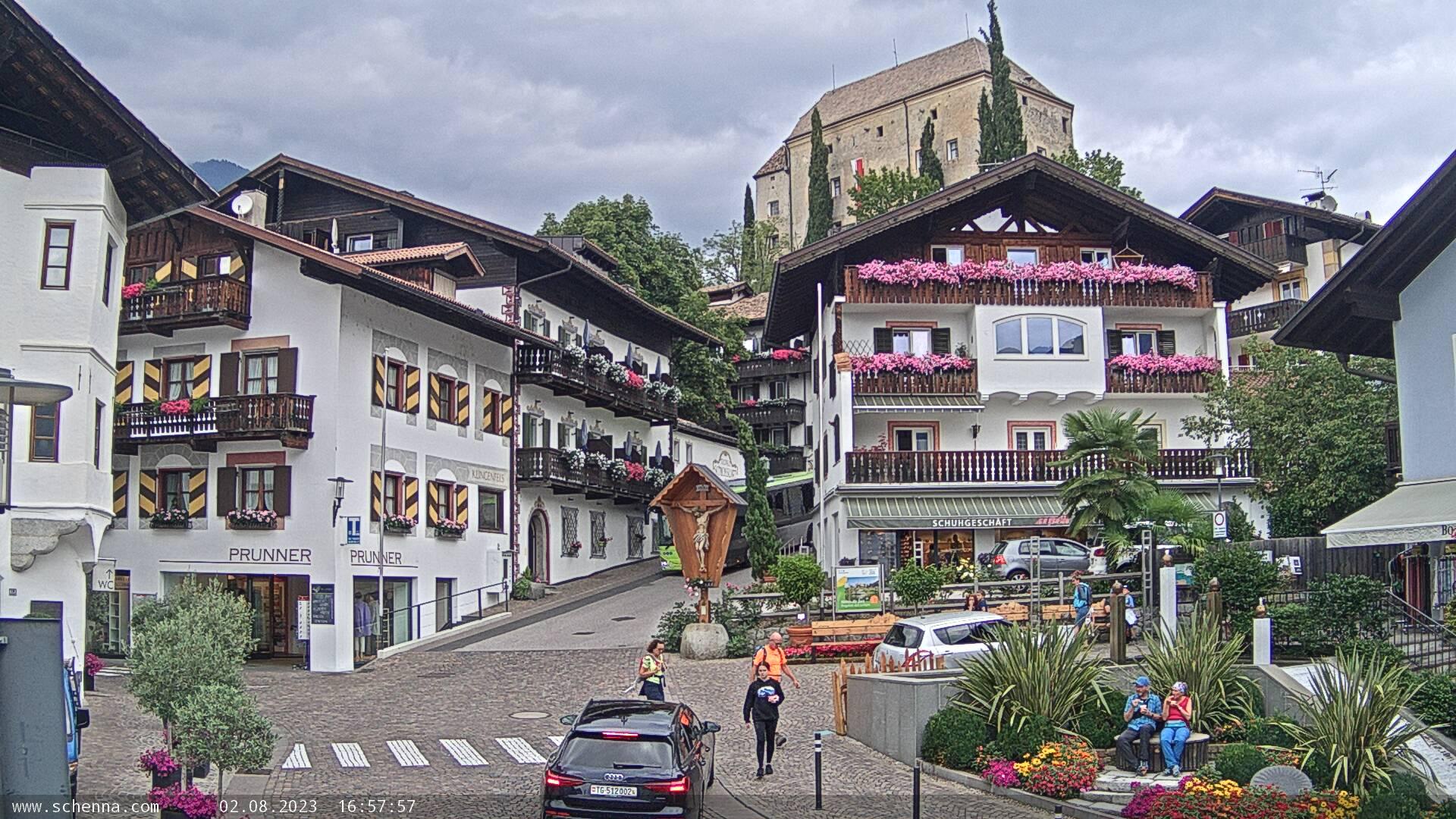 Centro di Scena - Al Castello con vista sul Castello di Scena